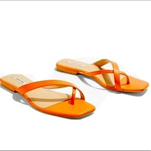 Country Road Leather Orange Sandals Size 9 BNWT